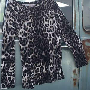Women's White Stag Leopard Print Sweater Sz M